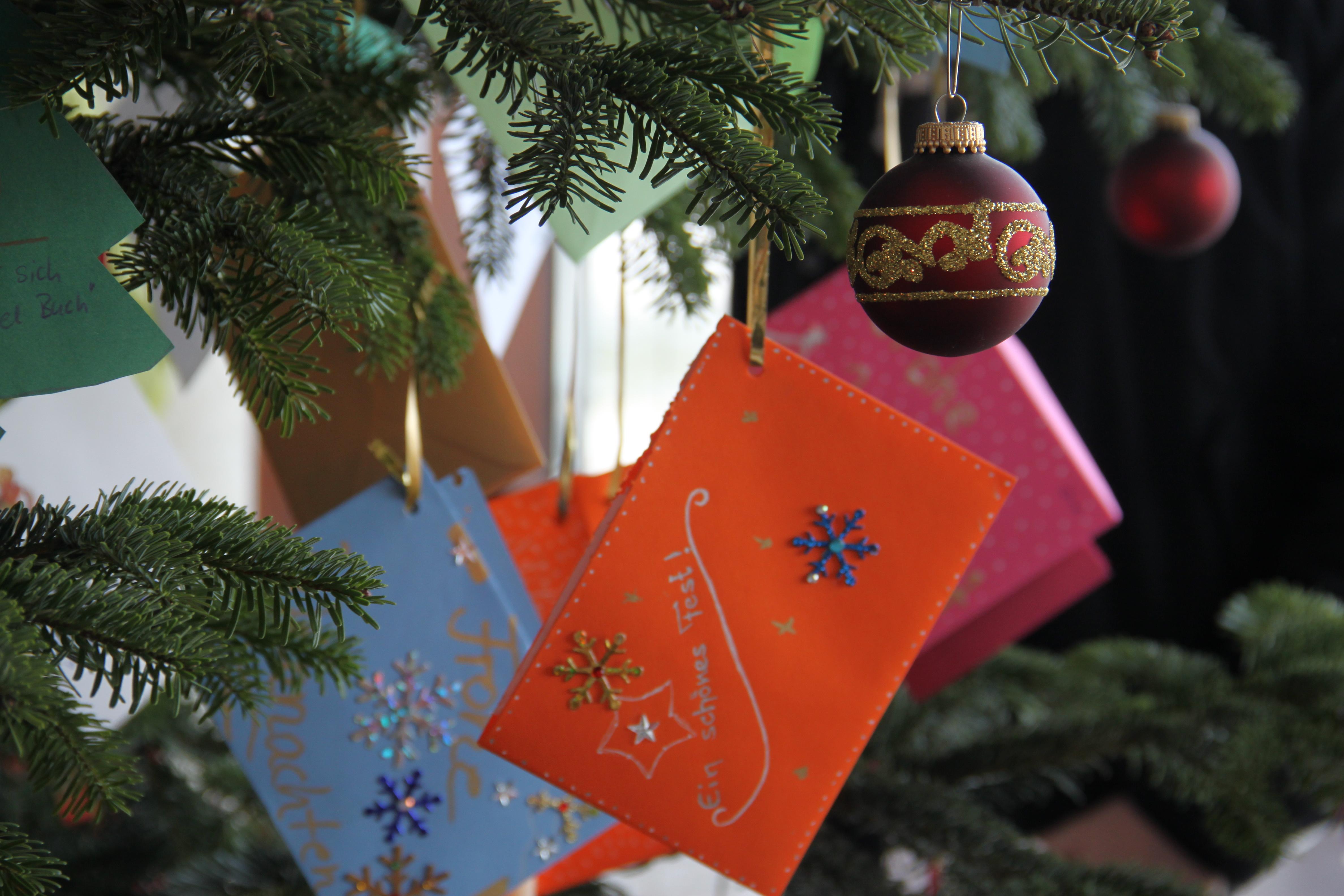 Weihnachtswünsche Jugendliche.Infineon Mitarbeiterinnen Und Mitarbeiter Erfüllen Kinder